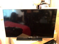 """Samsung Series 4 UE40H4200AW 40"""" HD LED TV (FORPARTS)"""