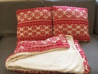 Soft and Comfy Lounge Cushions & Blanket set in Christmas pattern