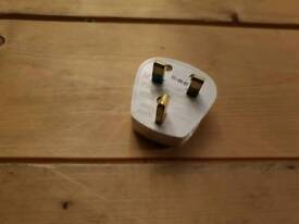 50x 13 Amp 3 pin Plugs for Sale