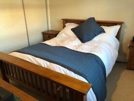 Toulouse Kingsize Oak Bed Frame & Matress