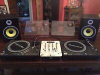 Technics 1210's Home DJ Package