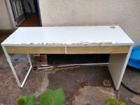 Free! Used IKEA MICKE desk 142cm x 50cm