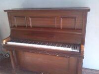 upright piano Steinbach