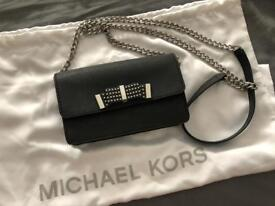 Small Michael kors purse/bag