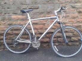 GIANT CRS FS9.0 Light Weight Hybrid Mountain Bike 700C - XL Size Bike