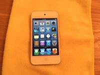 Apple iPod Touch 4th Generation 16GB White/Silver (5/2013 )