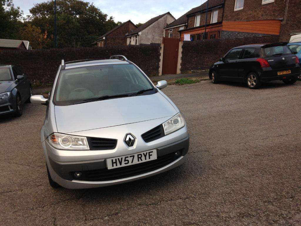 Renault Megane 1.6 Estate (57)