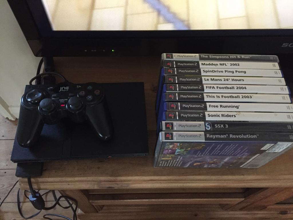 PlayStation 2 bundle with games ps2