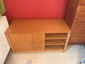Real wood tv cabinet .. quick sale cheap!