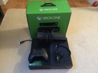 Xbox One 500GB with Kinect Excellent Condition