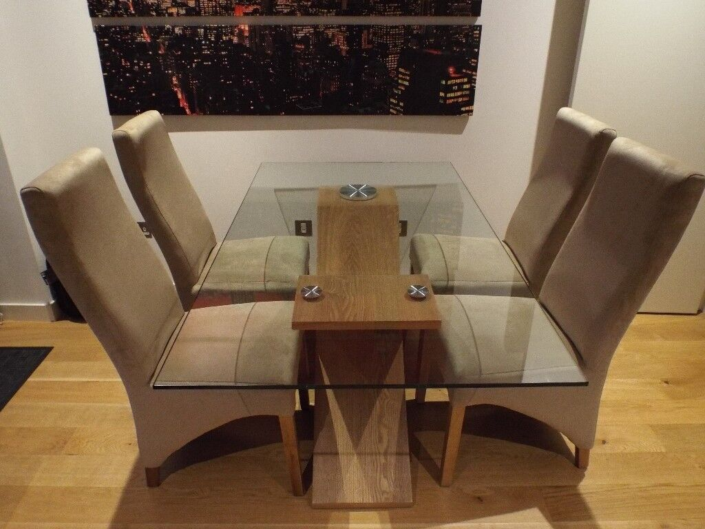 Valencia Oak 160cm Wood And Glass Dining Table With 4 Lola Chairs Beige Fabric