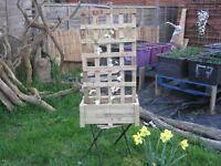 Trellis with plant box