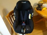 Maxi Cosi Opal car seat Group 0/1 TOTAL BLACKfrom birth to around 4 years (18kg)EXCELLENT CONDITION