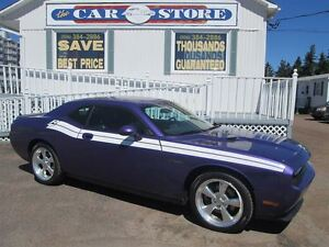 2010 Dodge Challenger R/T CLASSIC!! PLUM CRAZY PURPLE!! HEATED L