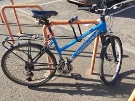 Bike with Ulock, chain cleaner, chain grease, 4 bike lights