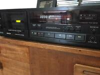 Denon DR-M22 vintage tape cassette player