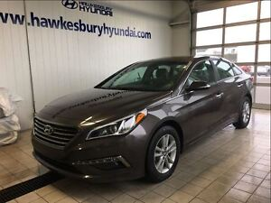 2015 Hyundai Sonata 2.4L GLS**IT DELIVERS GOOD FUEL ECONOMY**