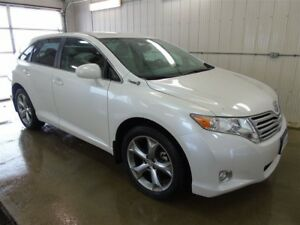 2012 Toyota Venza LE AWD, 5 Passenger, Bluetooth