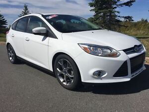 2014 Ford Focus SE|HATCHBACK|AMBIENT LIGHTING|POWER DRIVERS SEAT