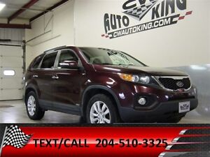 2011 Kia Sorento EX / All Wheel Drive / Loaded / Financing Avail
