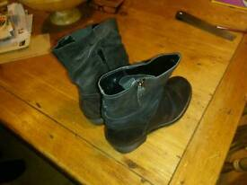 Leather slouch boots Next size 4