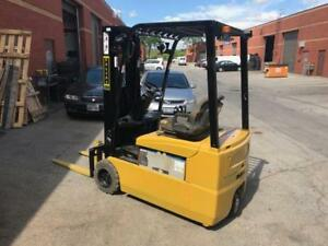 Used Yale,forklift, lift truck 3200lbs capacity 15.5ft Max Lifting Height decent battery