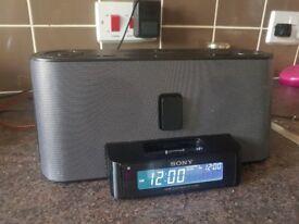 Sony ICF-C1iPMK2 Dream Machine Clock Radio ipod iphone 4 4s docking station, Excellent Condition