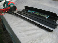 Bosch long hedge trimmer