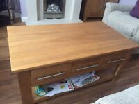 Solid Oak 6 drawer coffee table