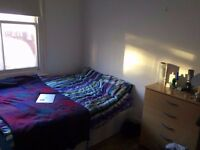 *******Amazing double room in Brixton******* Friendly flatshare :)