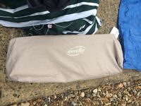 Collapsible travel cot