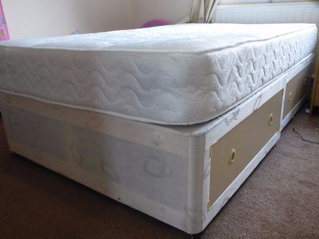 Divan bed and Orthopaedic Mattress new double bedin Chapel Allerton, West YorkshireGumtree - Divan bed and Orthopedic mattress. Excellent condition. Orthopedic Mattress is brand new, used for just one week for a guest. Divan and Mattress available for sale together and also separately. Together for 90 Separately divan for 30 and mattress for...