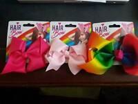 Bows hair