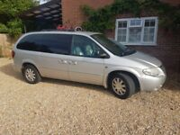 Silver Petrol 2004 Chrysler Grand Voyager Automatic 7 seater luxury MPV car. low mileage