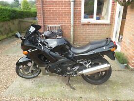 Kawasaki ZZR600 low mileage & new MOT