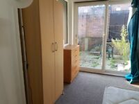 Great Double room Single Use-Private Patio-Finsbury Park