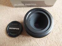 ( Boxed ) Olympus Digital Zuiko 35mm f/3.5 macro SLR lens - Standard Four Thirds system ( E Series )