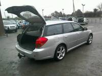 06 Subaru Legacy 2.0 Estate 5 door 2 keys great driver ( can be viewed inside anytime)