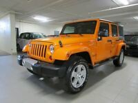 2012 Jeep WRANGLER UNLIMITED SAHARA 4X4 *2TOIT*