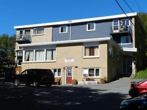 2 BEDROOM- 49 OLD FERRY ROAD - BETWEEN PLEASANT & PORTLAND ST