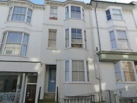 1 Bedroom unfurnished flat 2 min from Brighton Station £975 pcm
