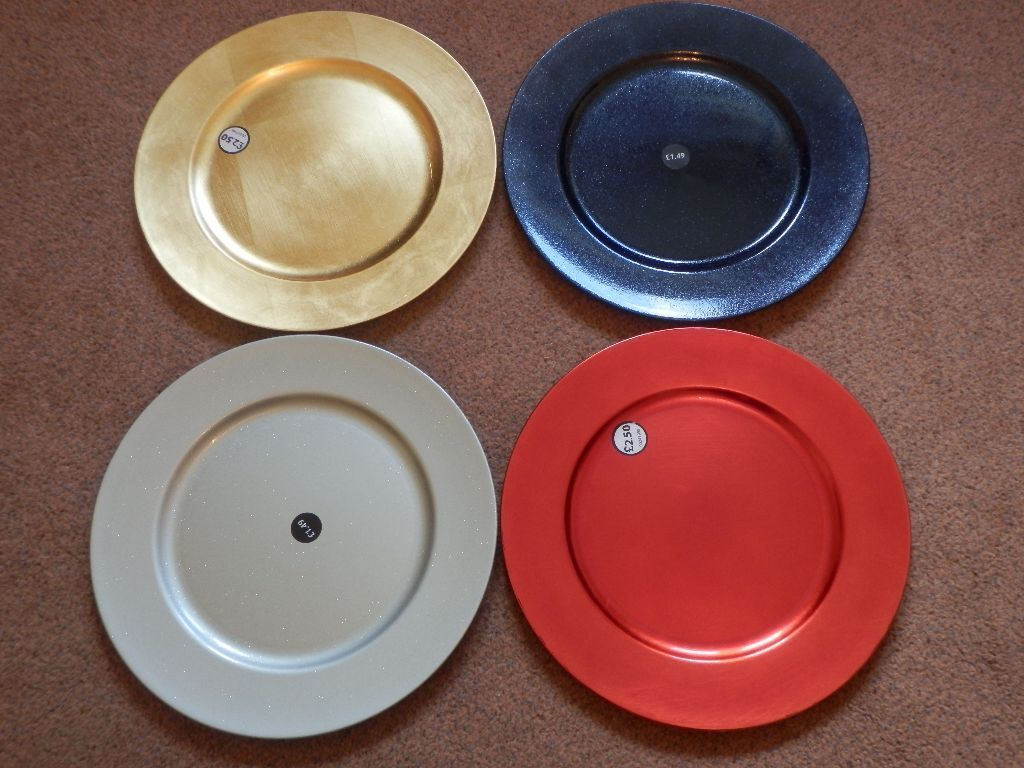 dunelm large charger plates gold silver red and blue ideal for christmas