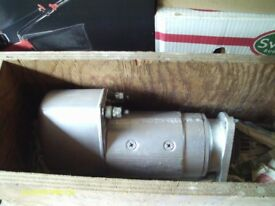 GENUINE BOSCH 9 001 411009 ELECTRIC STARTER MOTOR USED ONLY 2 OR 3 TIMES IN BOX - £750 or ONO