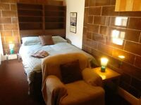 Private Rooms with WiFi, cooking & washer. Ideal for Contractors. Fully furnished with linen & TV