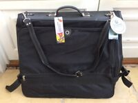 Suit bag - sturdy carrier for suits and other items, great condition, no longer required