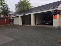 1,125 SQ FT unit warehouse garage workshop to rent let- storage, car pitch all inclusive, main road