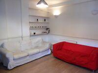 GARDEN FLAT 2 BEDROOM 2 BATHROOM IN CLAPHAM JUNCTION