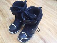 Salomon Snowboard Boots (Size 9)
