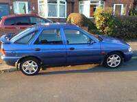 Ford Escort Finesse 1.6 for sale.