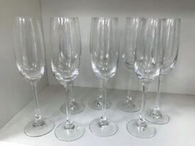 8 Large Champagne Flutes